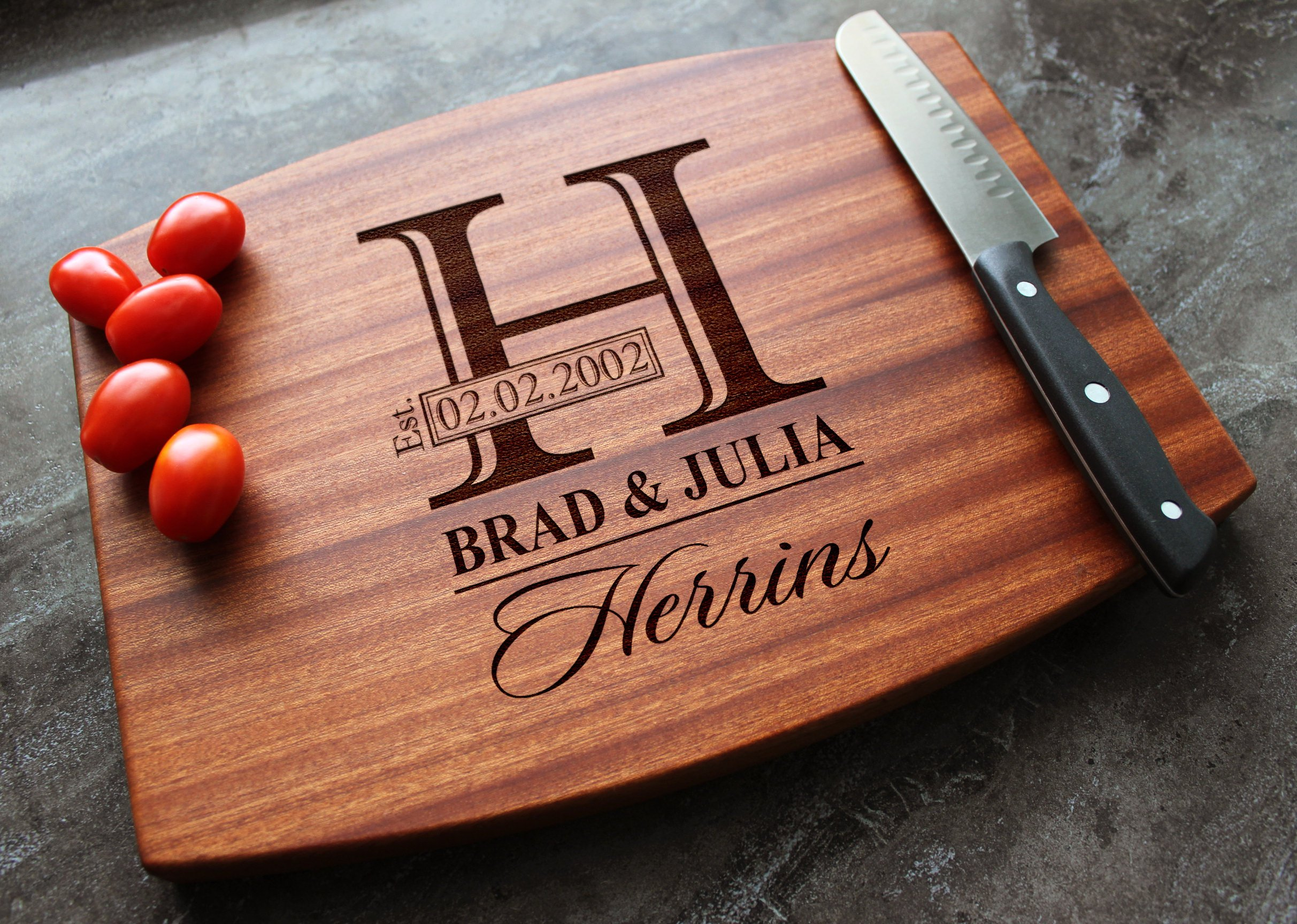 Monogramed Wedding Gifts: Personalized Cutting Board